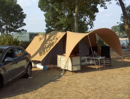 Ruebist-op-camping.jpg