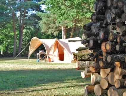 houtstapel-ruebist-vouwwagen_tenttrailer.jpg